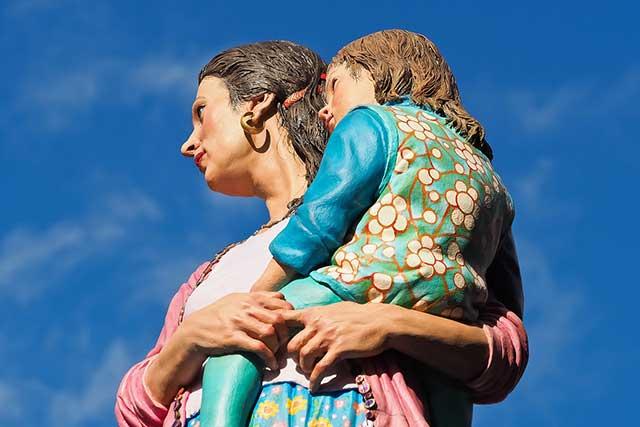 женщина мать