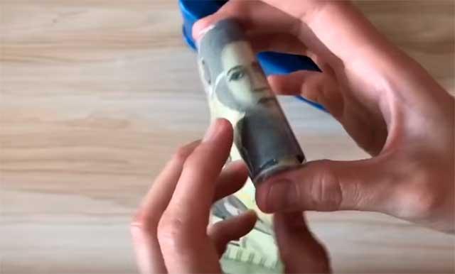 лента денег
