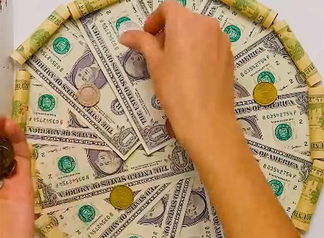 денежная пицца